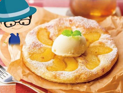 焼きたてりんごパイ バニラアイス添え